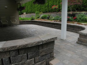 outdoor room paver patio wall bench